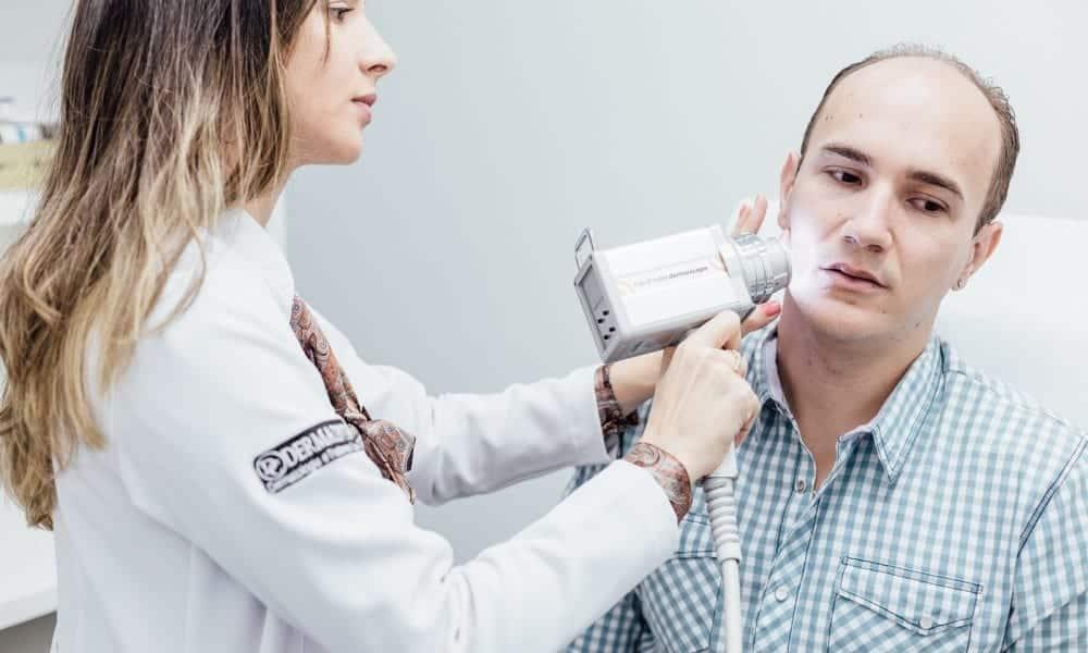Dermatologistas e 16 segredos que eles querem que você saiba