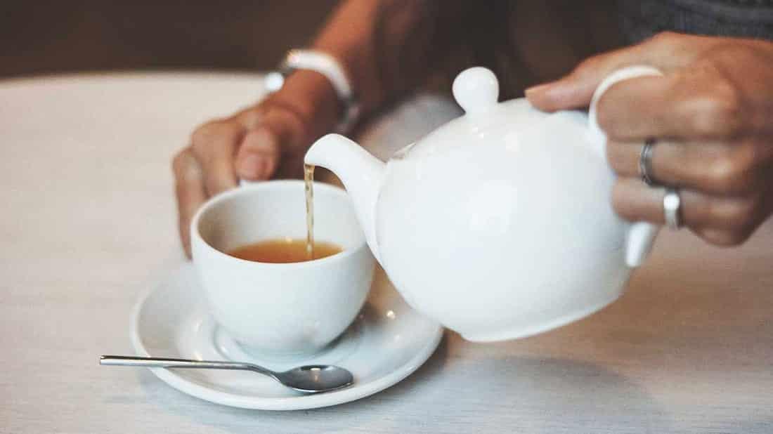 Chás para emagrecer - 7 melhores e como eles agem no organismo