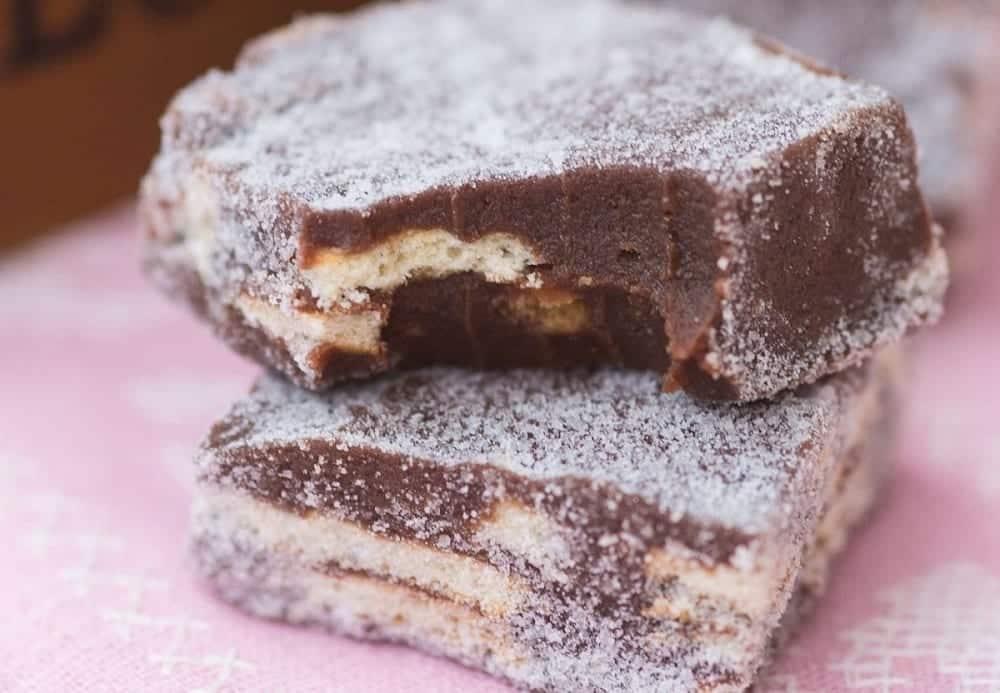 Palha italiana - Como fazer com chocolate em pó e chocolate amargo
