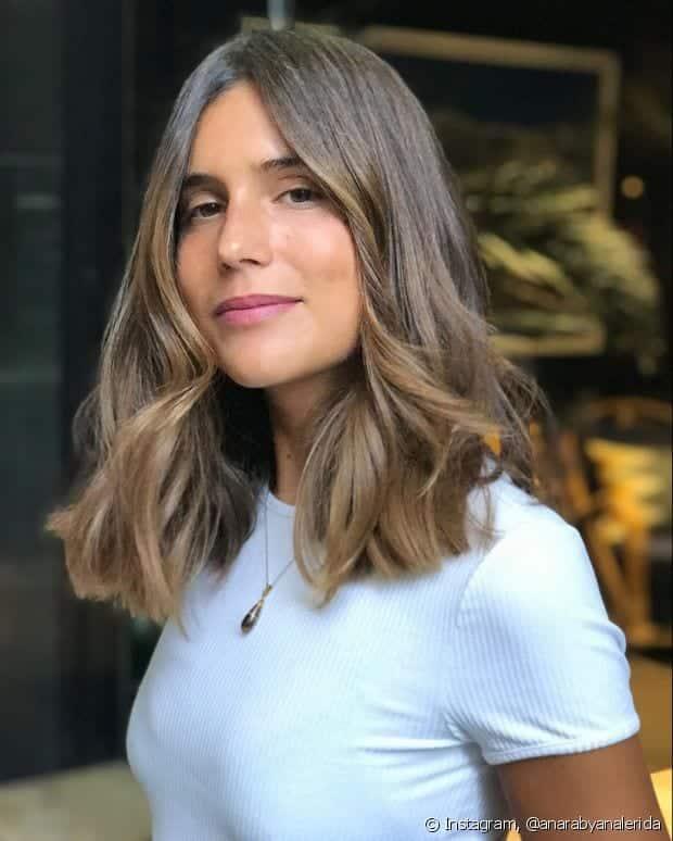 Morena iluminada, 20 formas de fazer um cabelo castanho com luzes