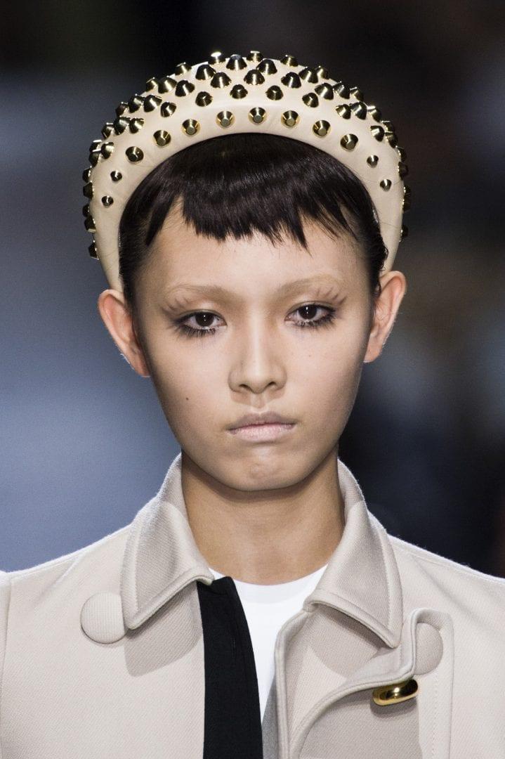 Tiara - 14 fotos da tendencia da moda que está voltando