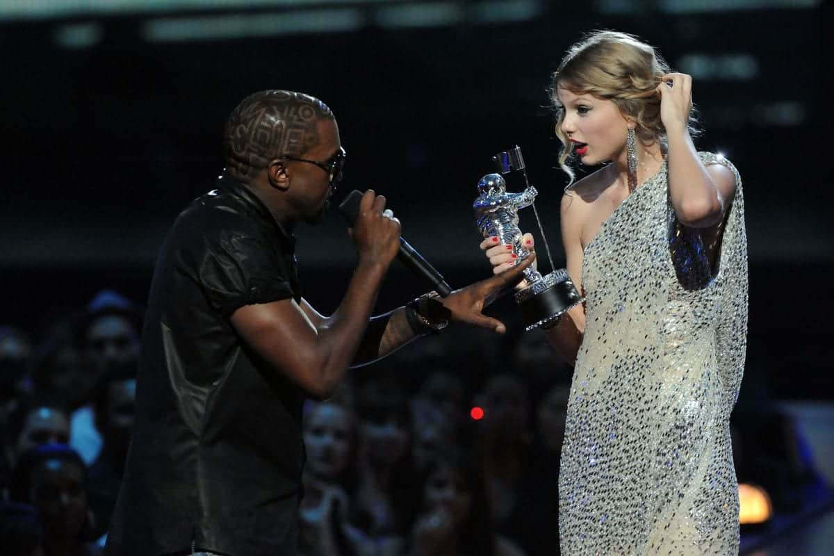 Kanye West e Taylor Swift - Briga completa 10 anos