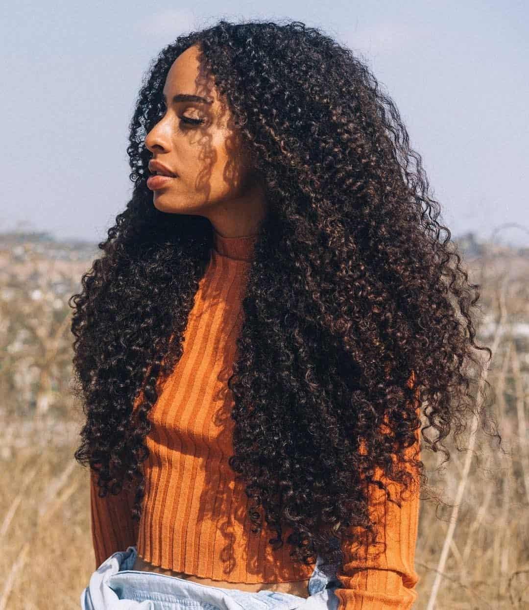 Cortes para cabelos cacheados - Saiba as melhores tendências e estilos
