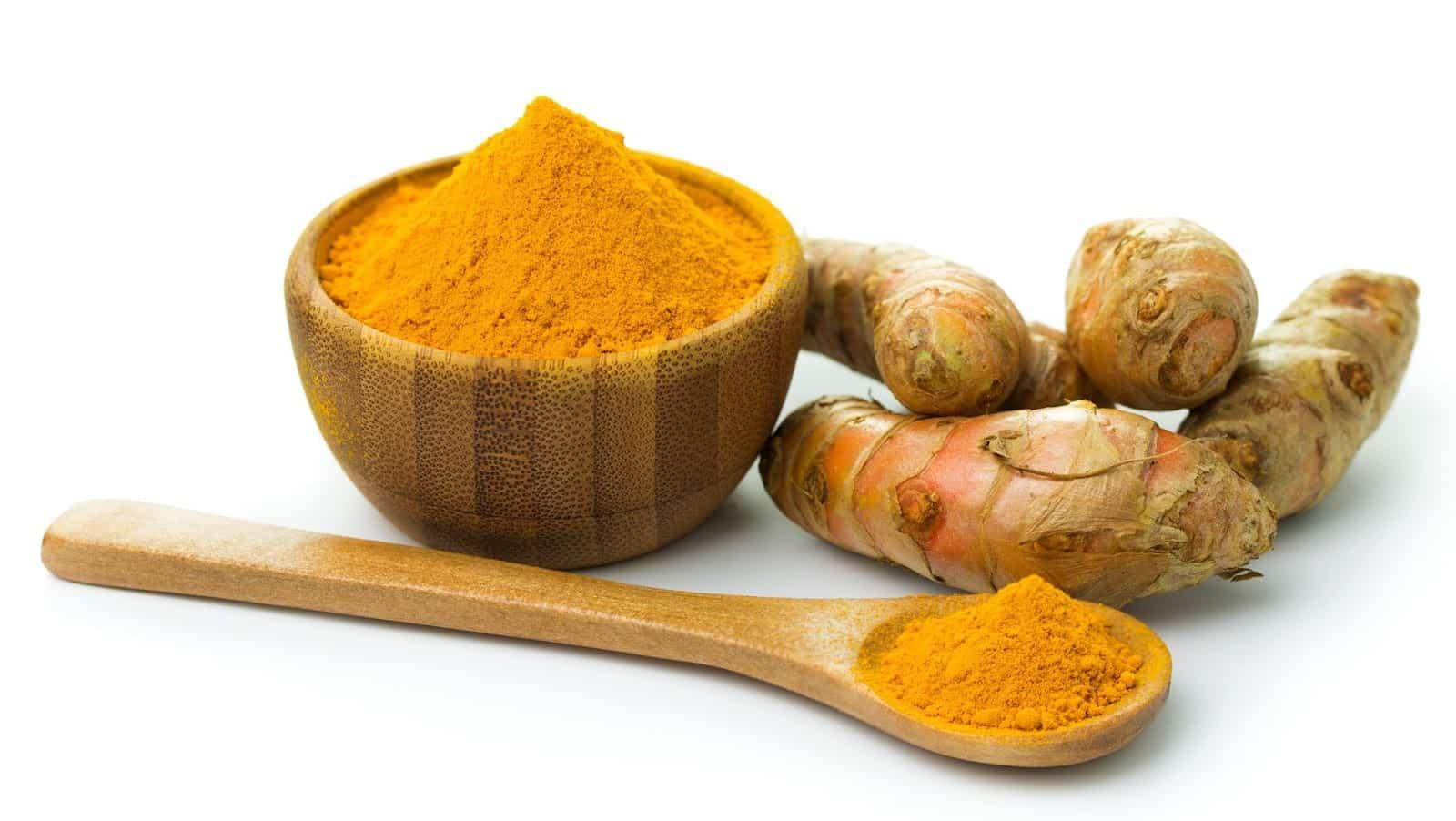 Descubra agora todos os nutrientes e benefícios do açafrão