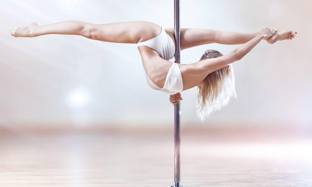 Pole dance - o que é, quem pode praticar, benefícios e curiosidades