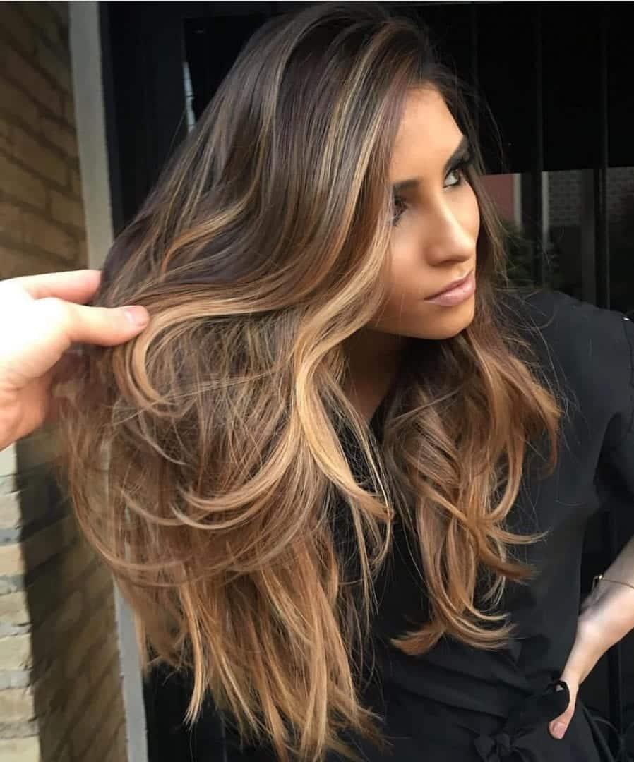 Cores de cabelo para morenas - conheça os vários tipos de tons