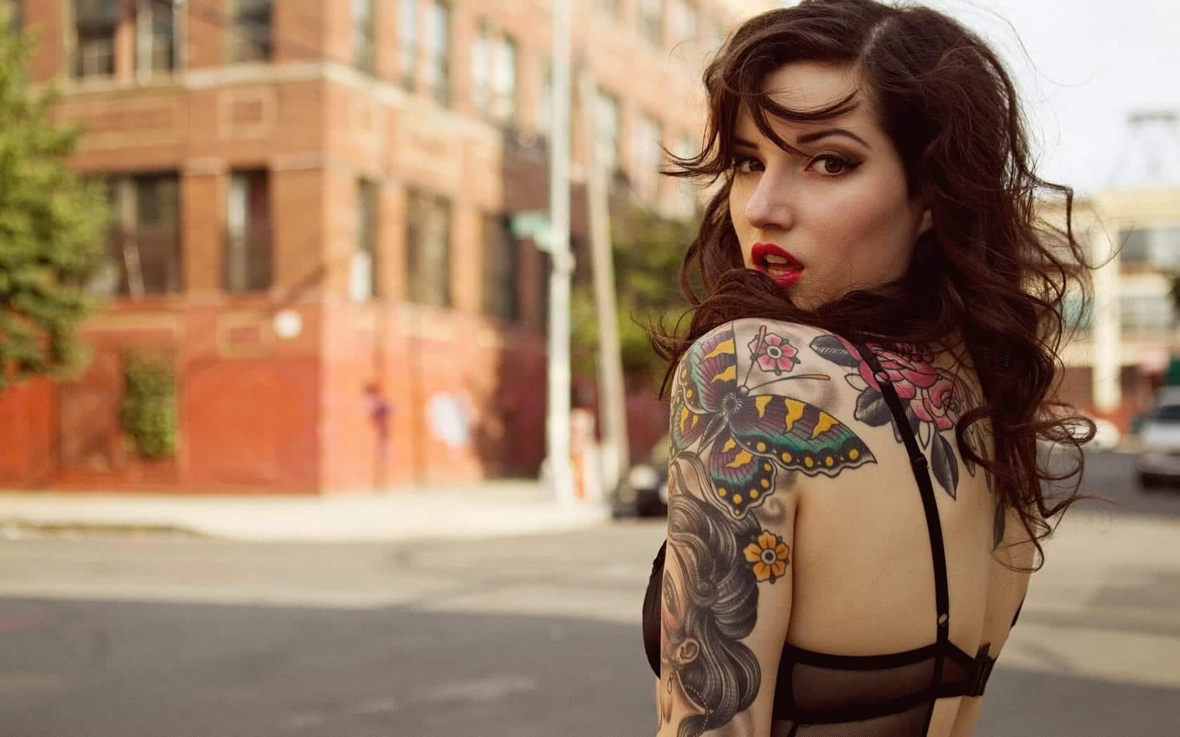 Cuidados com a tatuagem - Como cuidar durante e após a cicatrização