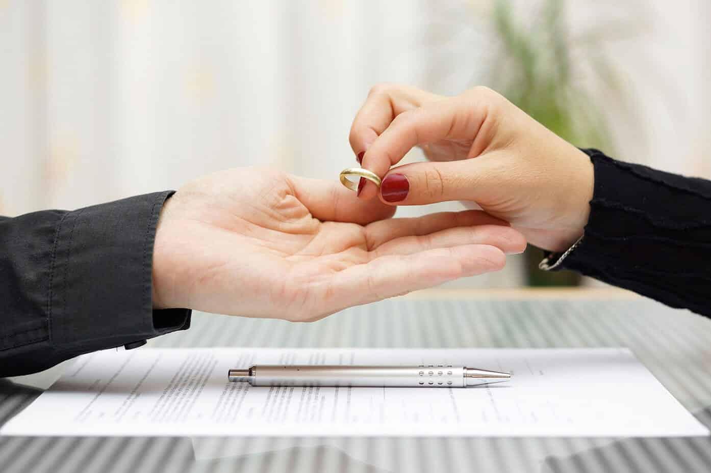 Divorciadas - mulheres se tornam mais atraentes após o fim do casamento