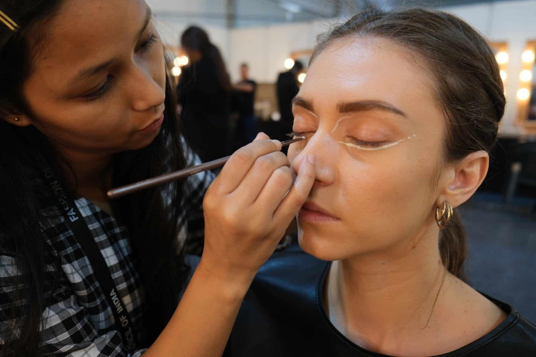 Maquiagem simples: truques rápidos em poucos minutos