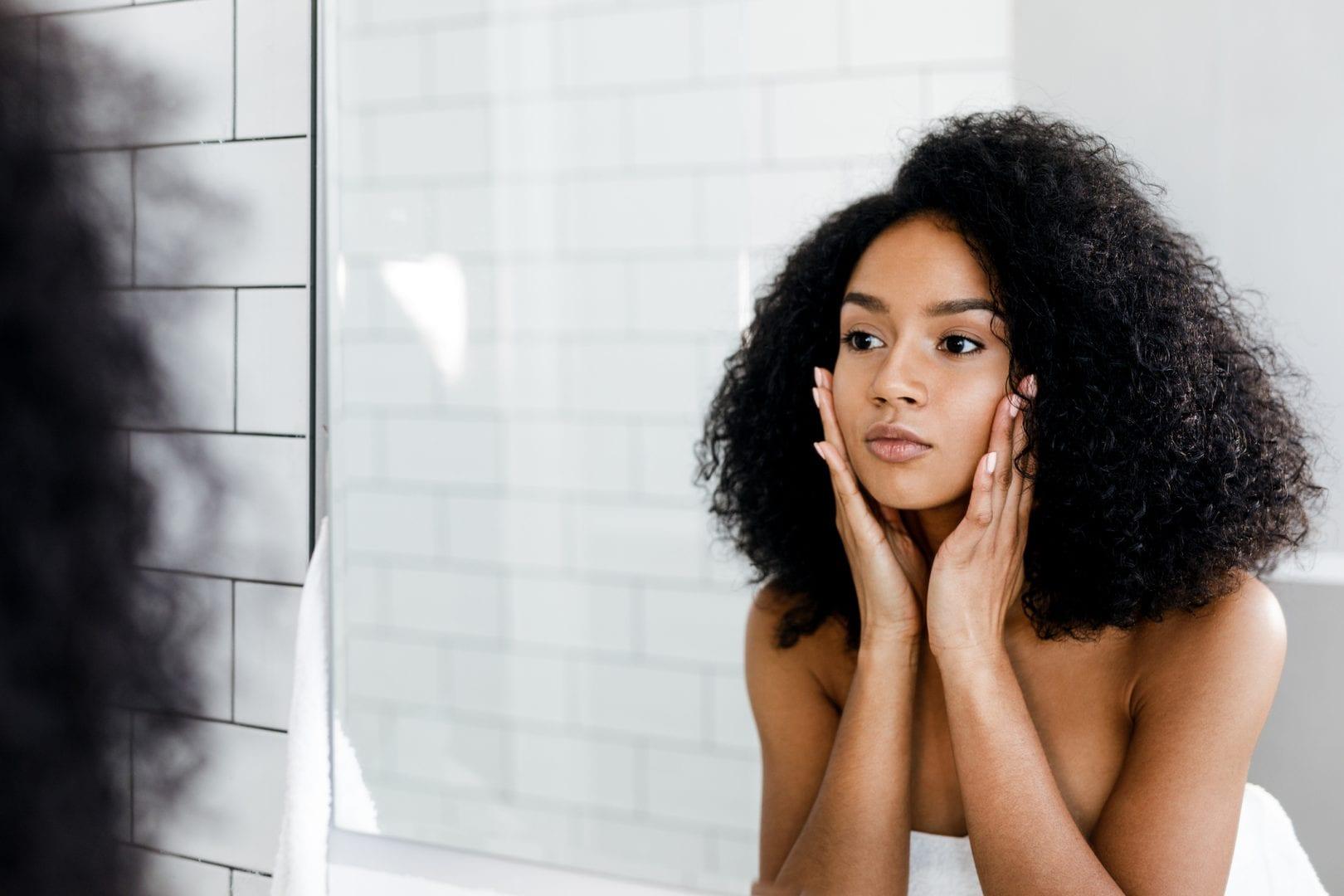 Hidratantes faciais para pele oleosa - Os 5 melhores do mercado