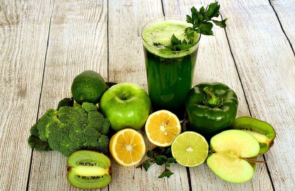 Para quê serve o suco verde e como ele pode te ajudar a emagrecer