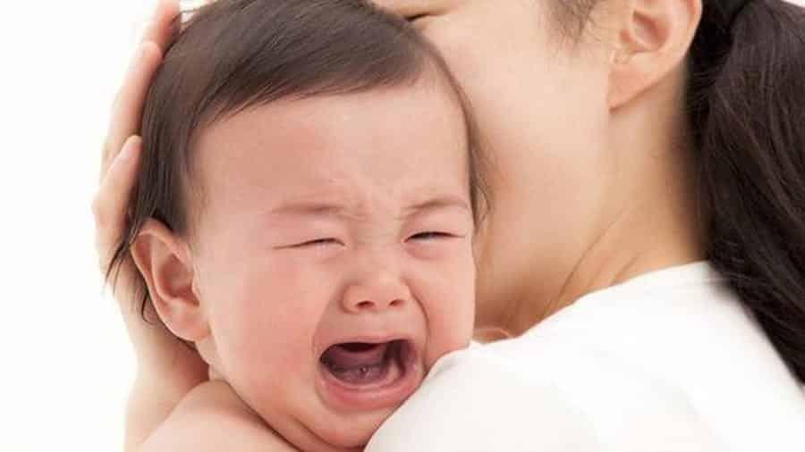 Bebê chorando- Quais motivos, como acalmá-lo e o que fazer