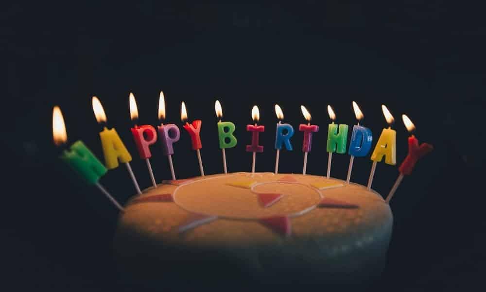 Mensagens de aniversário para parabenizar pessoas especiais
