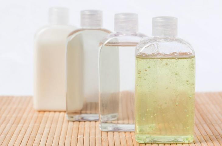 Shampoo bomba, o que é, o que faz e quais são os riscos