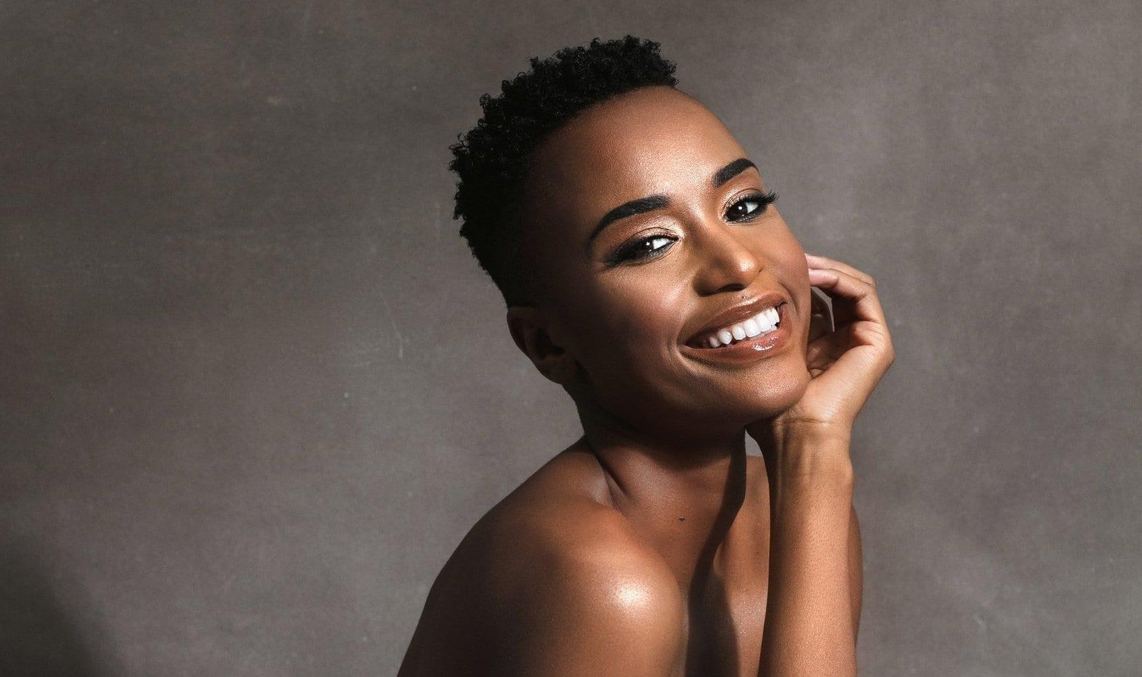 Zozibini Tunzi, quem é a Miss Universo 2019? Origem, carreira e lutas