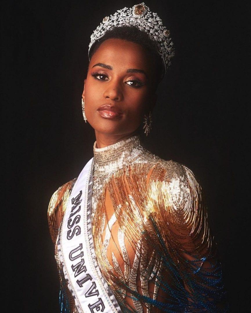 Zozibini Tunzi- Quem é, como começou sua carreira + fatos sobre ela