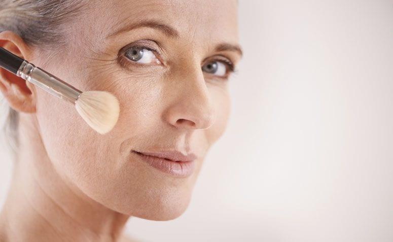 Base para pele madura - Tipos, efeitos, como escolher e recomendações