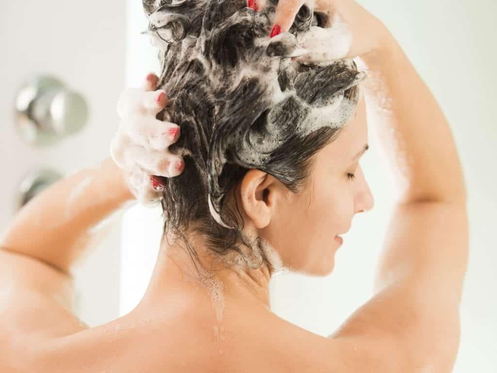 Co-wash – O  que é? Para quais cabelos? Quais produtos usar?