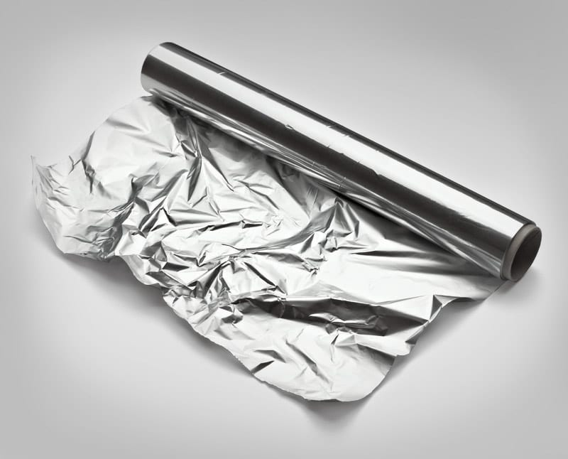 Papel alumínio - saiba como utilizar, descartar e formar alternativas de uso