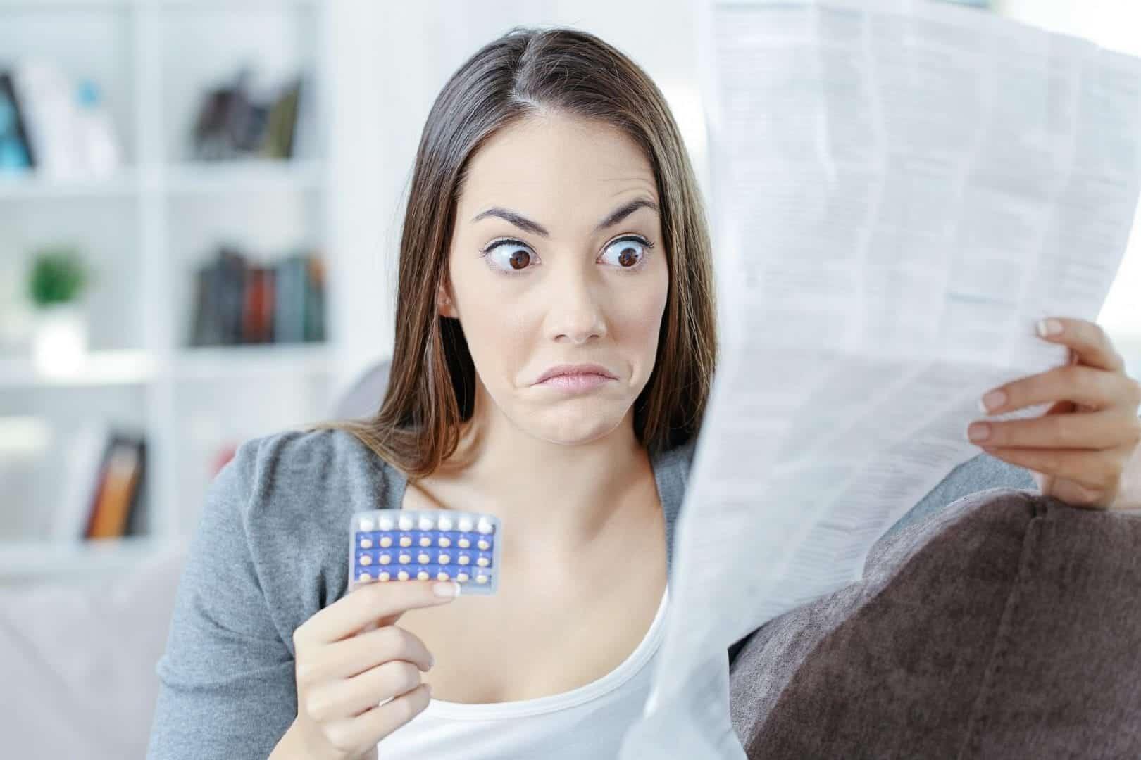 Anticoncepcional para acne? Saiba se o remédio realmente combate isso