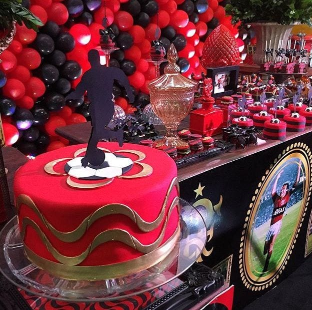 Bolos do flamengo- Mais de 100 ideias de bolos para você se inspirar