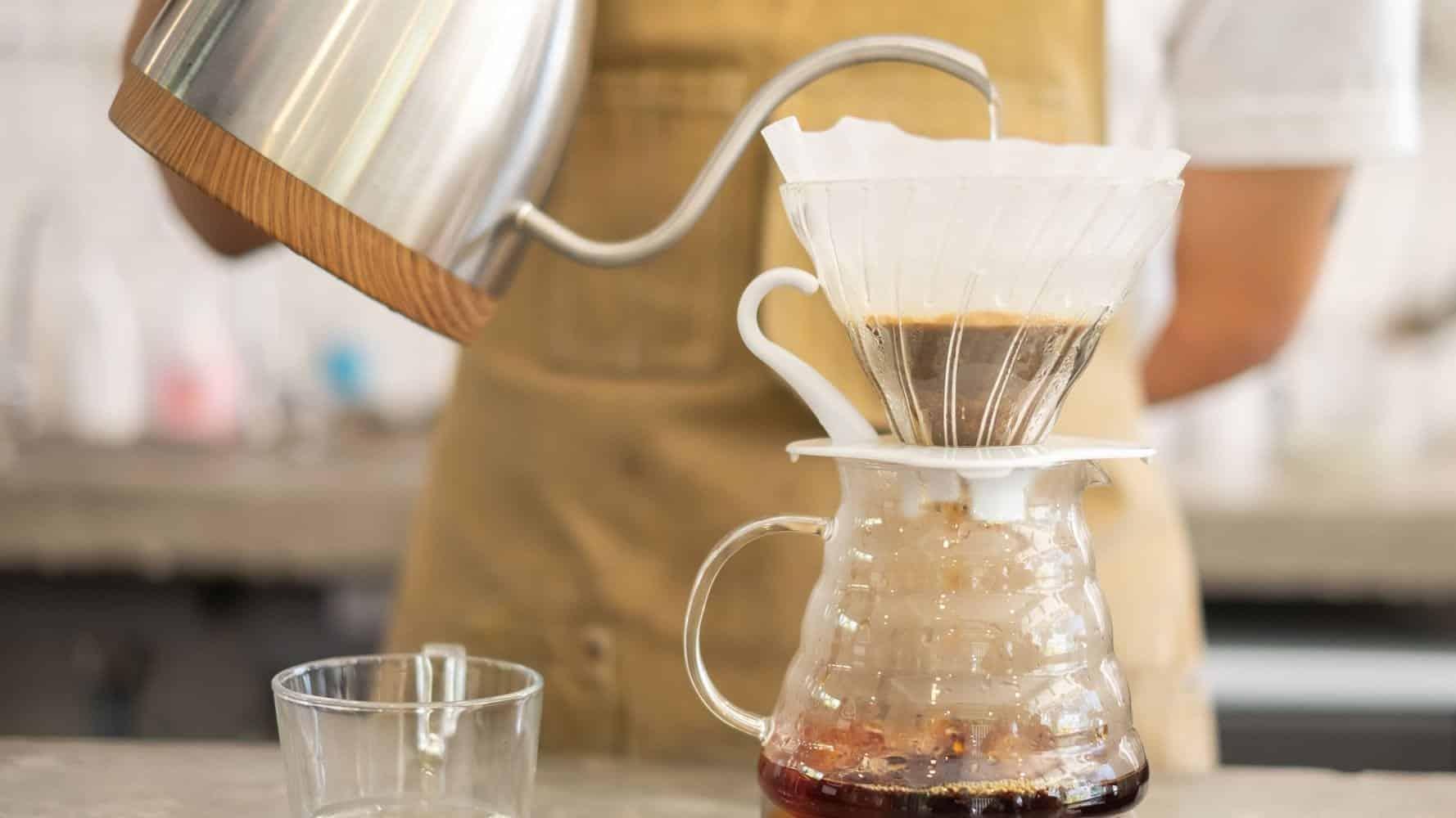 Como fazer café quentinho no conforto da sua casa!