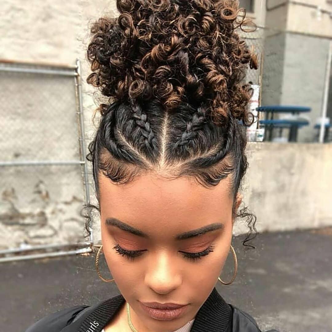 Penteados para cabelos cacheados- Ideias, dicas e muitas inspirações