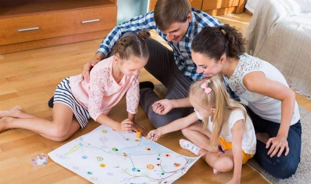 Brincadeiras para distrair as crianças - 15 opções de diversão
