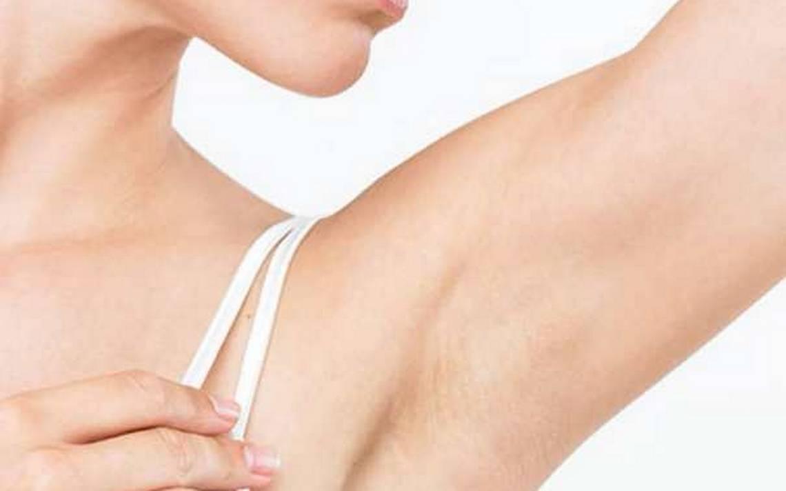 Axilas escuras - o que causa as manchas e como clarear