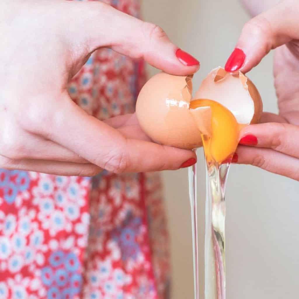 Como saber se o ovo está bom – 3 truques infalíveis para descobrir