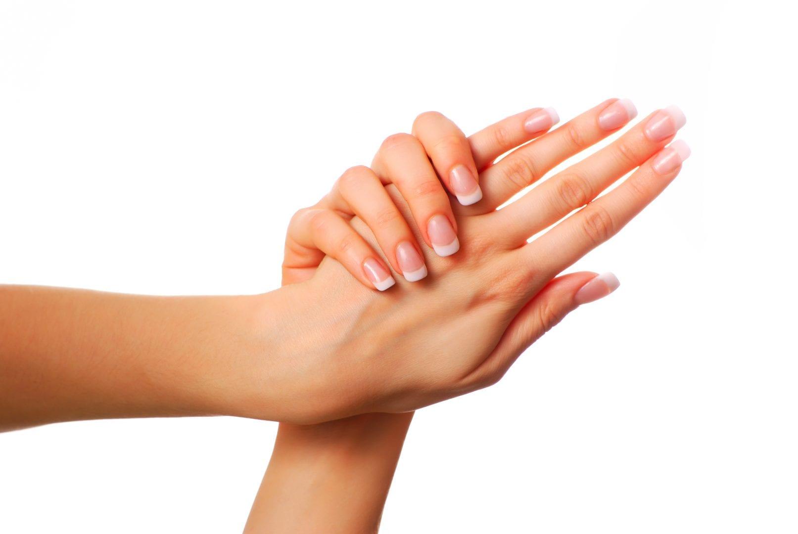 Cuidados com as mãos - Hidratação, cremes e dicas