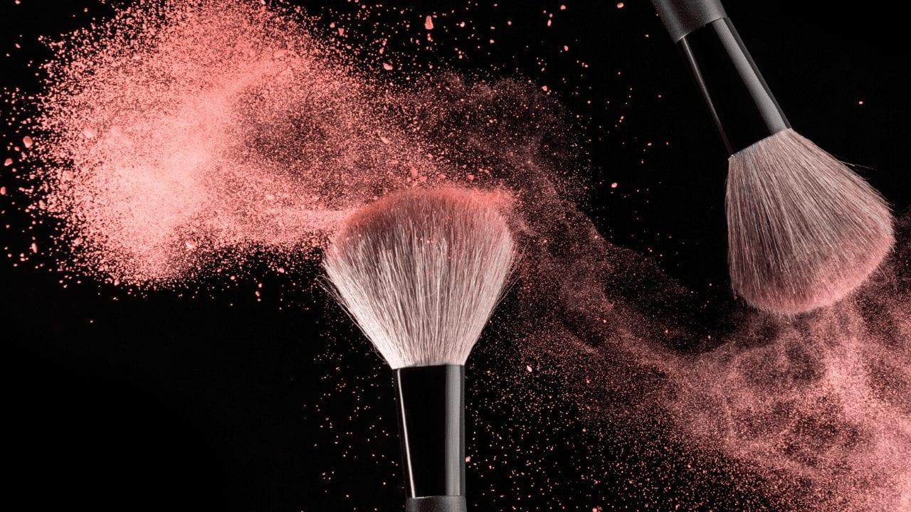 Diluidor de maquiagem- Para que serve, benefícios + melhores marcas