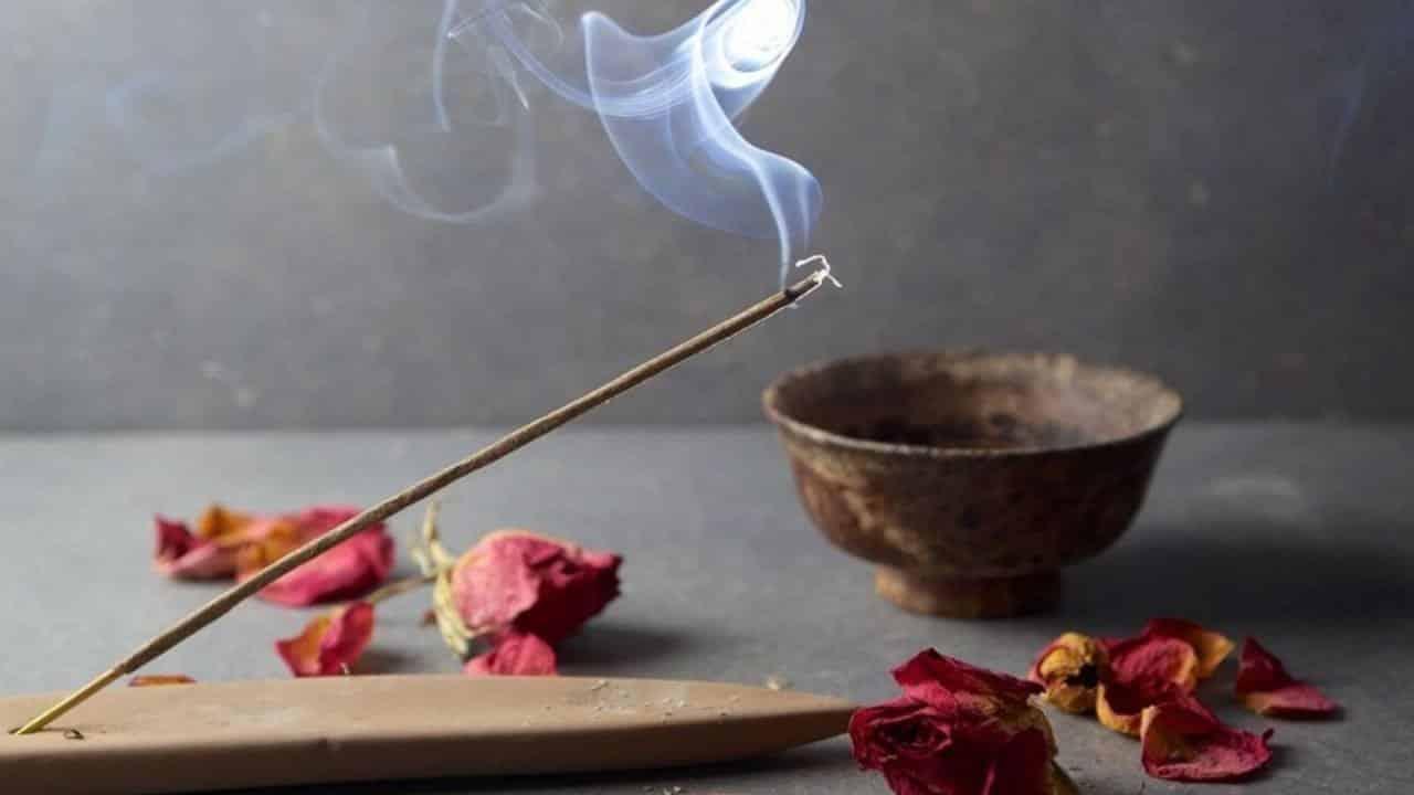 Incensos - Para que servem, cuidados e 15 aromas mais usados