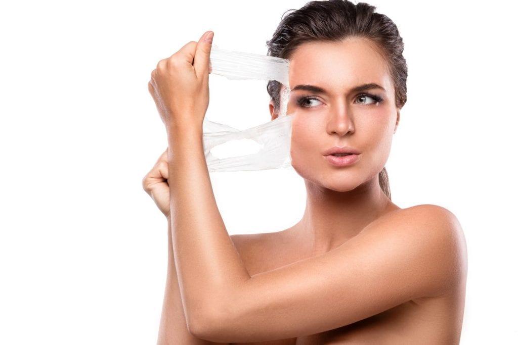 Peeling químico – O que é, benefícios, quem pode fazer e cuidados