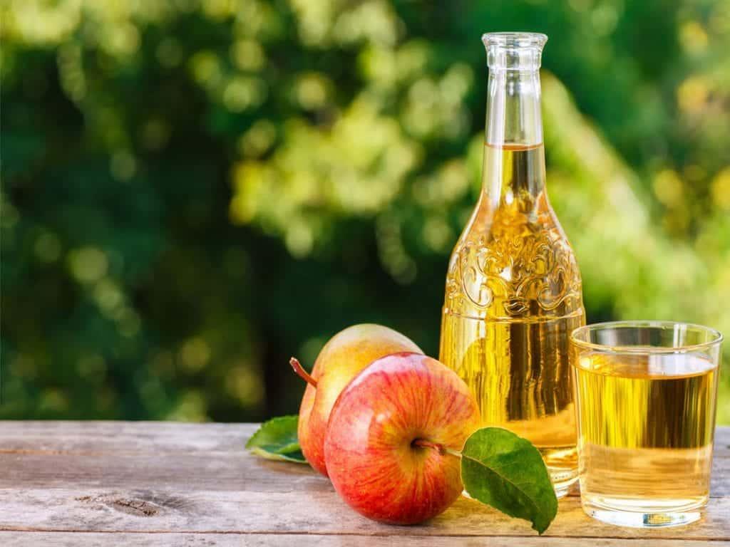 Vinagre de maçã – Benefícios, formas de usar e receita caseira
