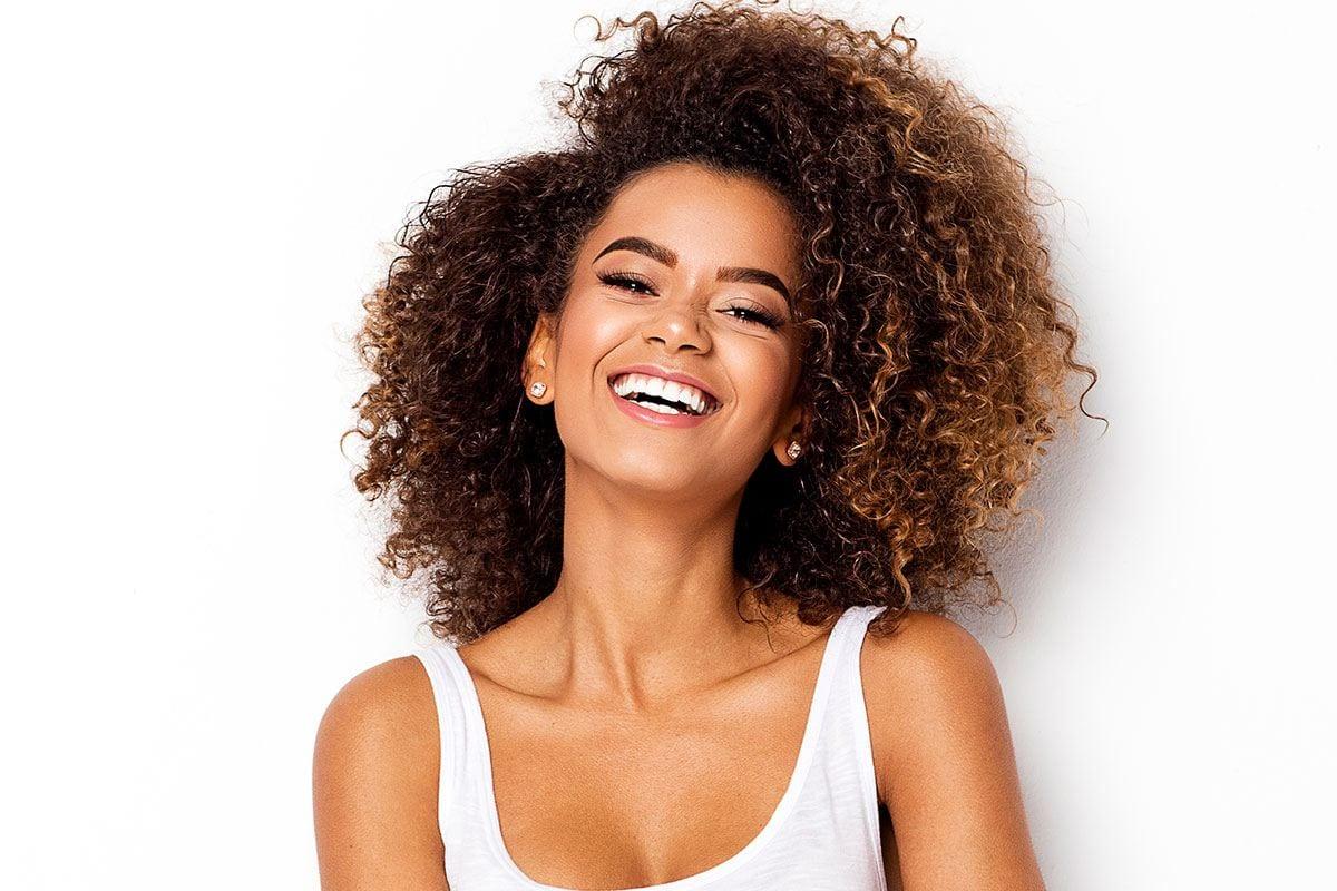 Gelatina para cabelo- como ela funciona, benefícios e como usá-la