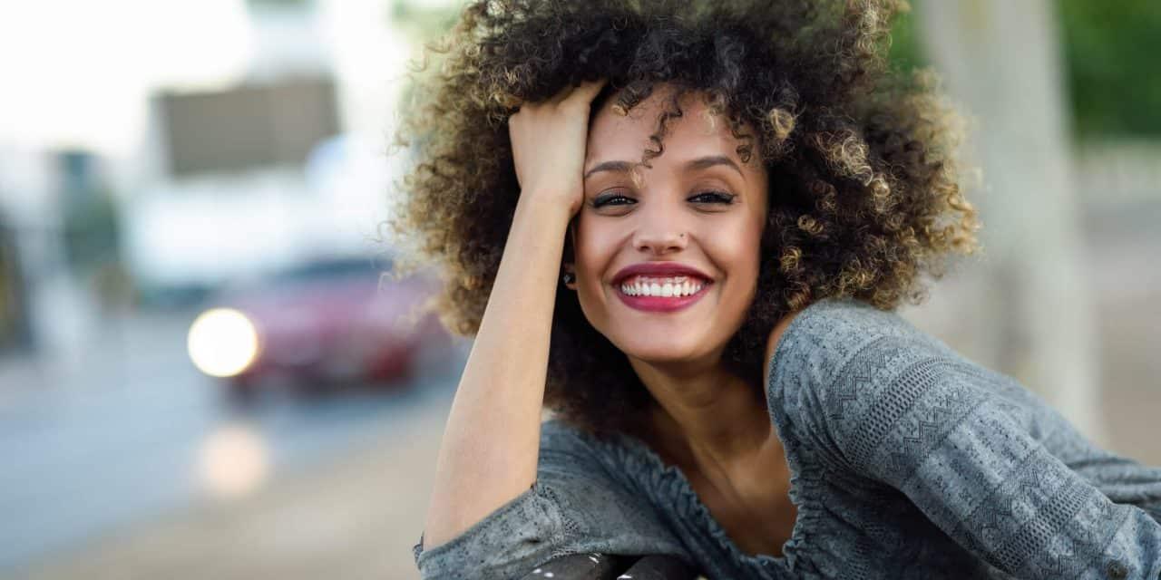 Produtos para cabelos crespos - 12 opções do tratamento à finalização