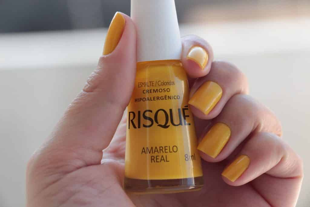 Esmalte amarelo – Características, tendência e inspirações