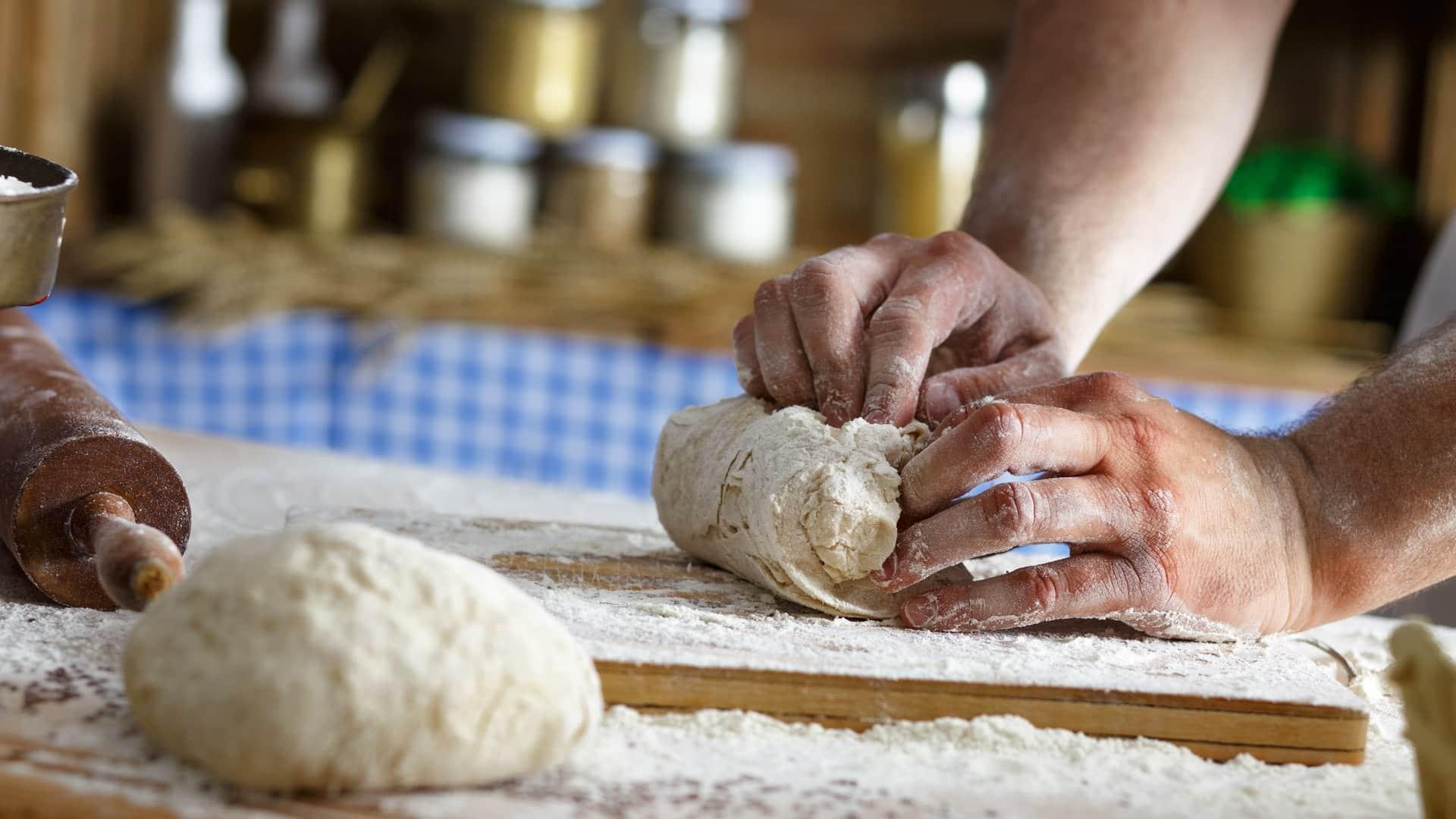 Pão - história, receitas básicas e como fazer