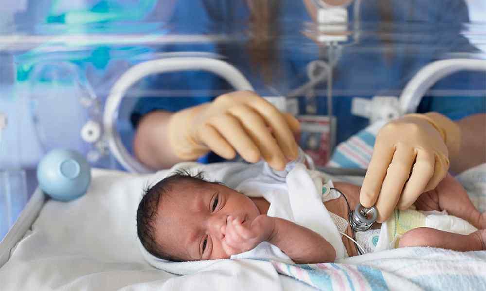 Prematuro – Tudo sobre o parto e os cuidados com bebê prematuro