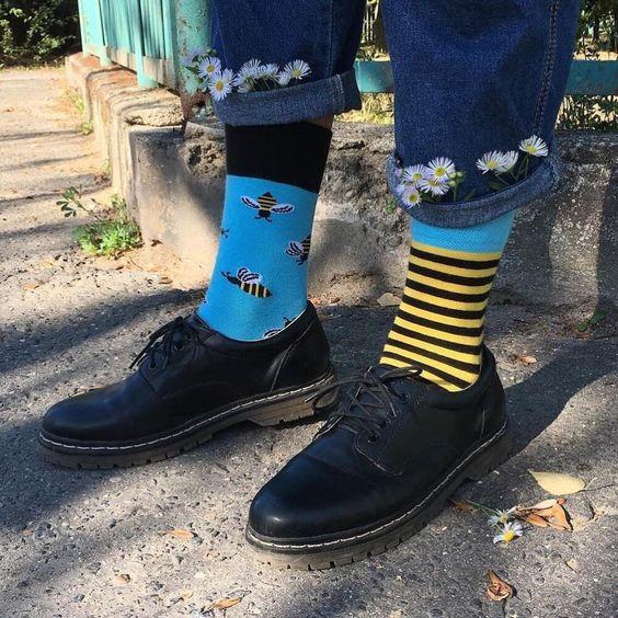 Meias - Dicas de como compor o look usando as meias à mostra