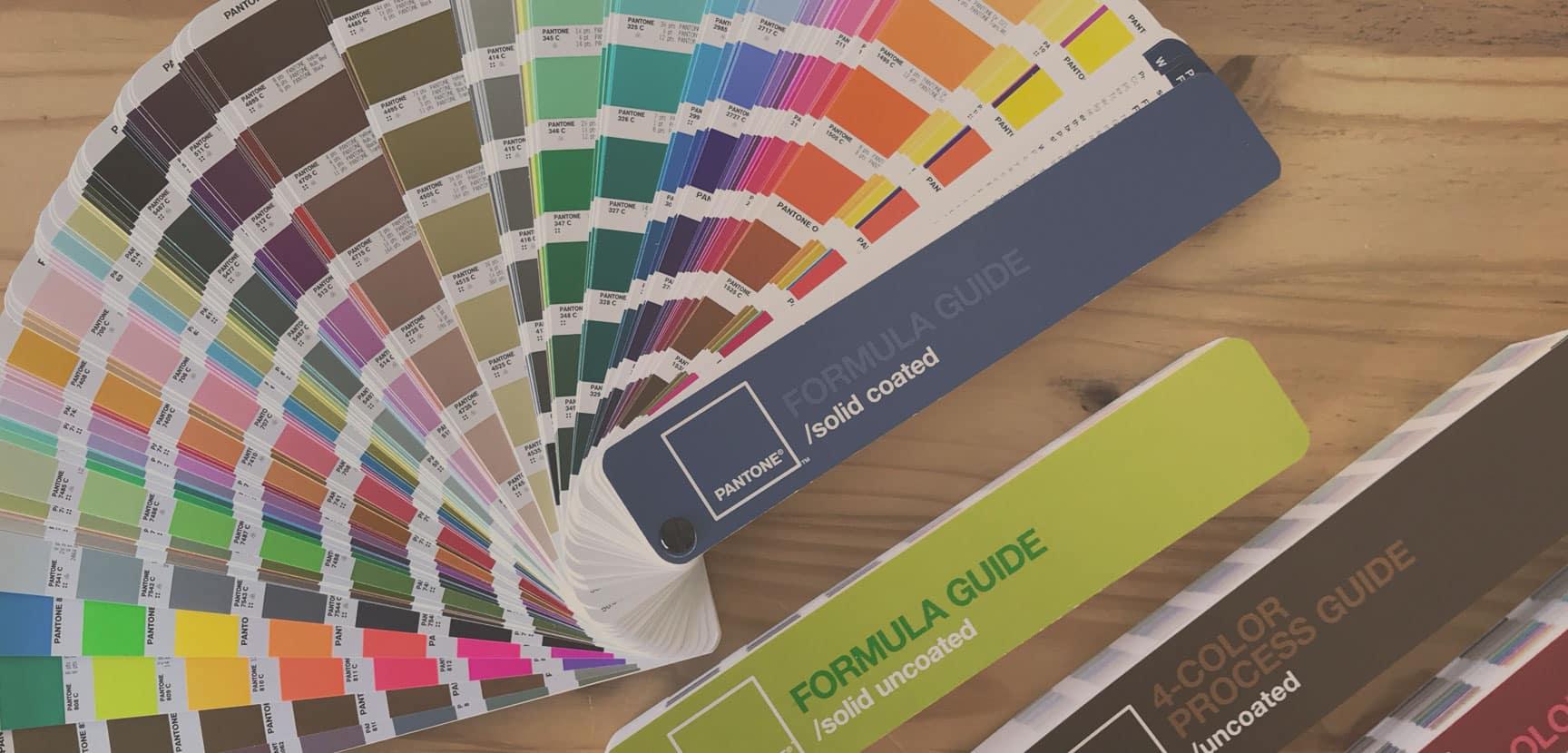 Pantone - O que é e história da marca que padronizou as cores