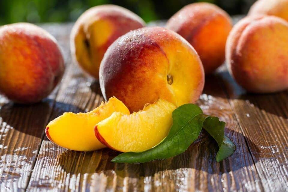 Pêssego – Conheça os benefícios da fruta chinesa para a saúde
