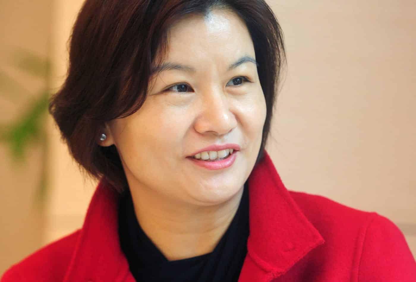 Bilionária Zhou Qunfei