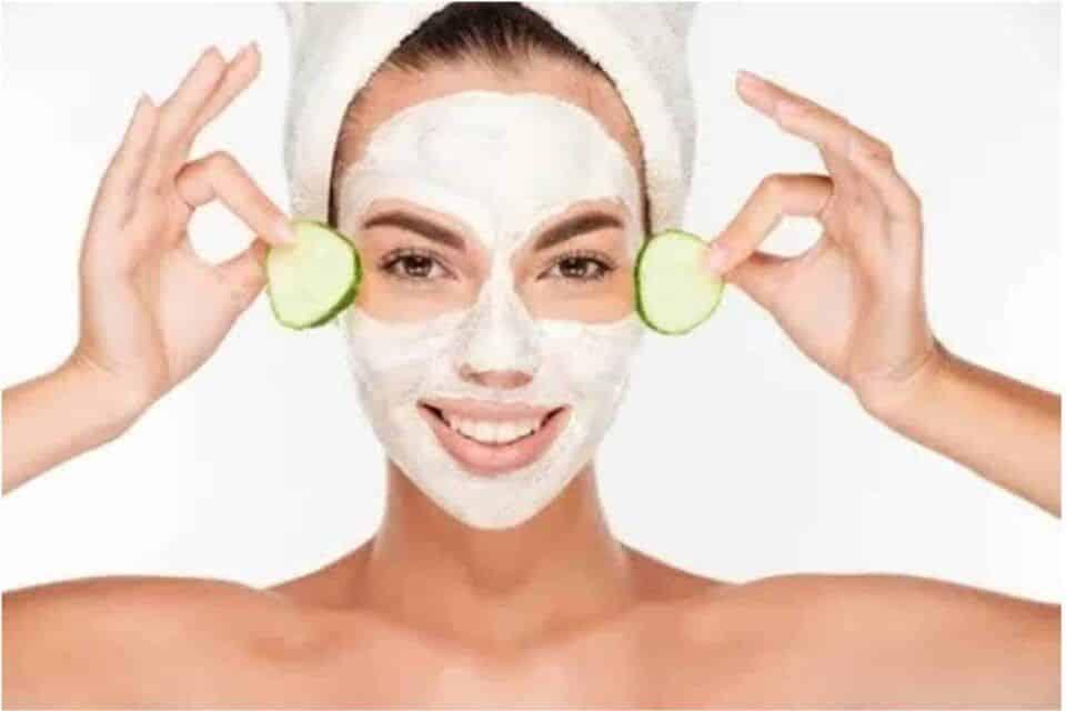 Máscara de pepino – Benefícios do pepino para a pele + receitas caseiras