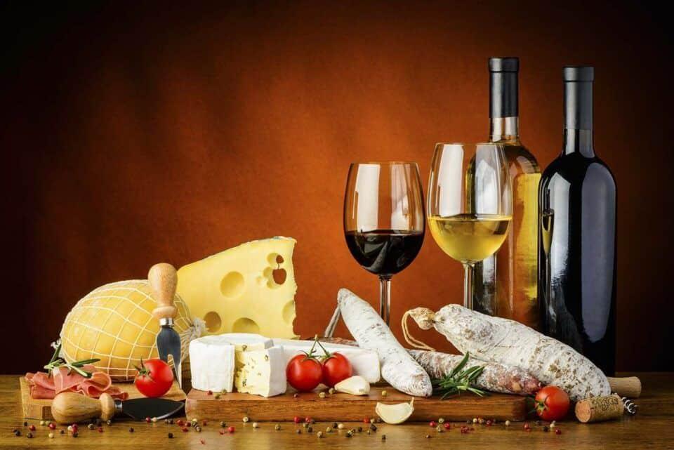 Queijos e vinhos – Dicas para aprender a harmonizar os dois