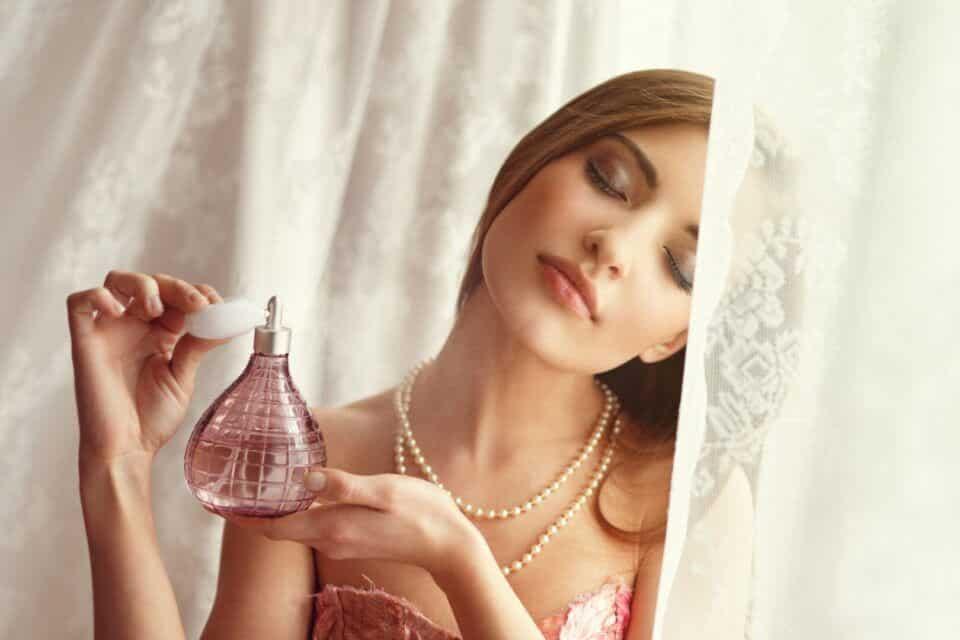 Alergia a perfume, o que causa? Sintomas e como evitar crises alérgicas