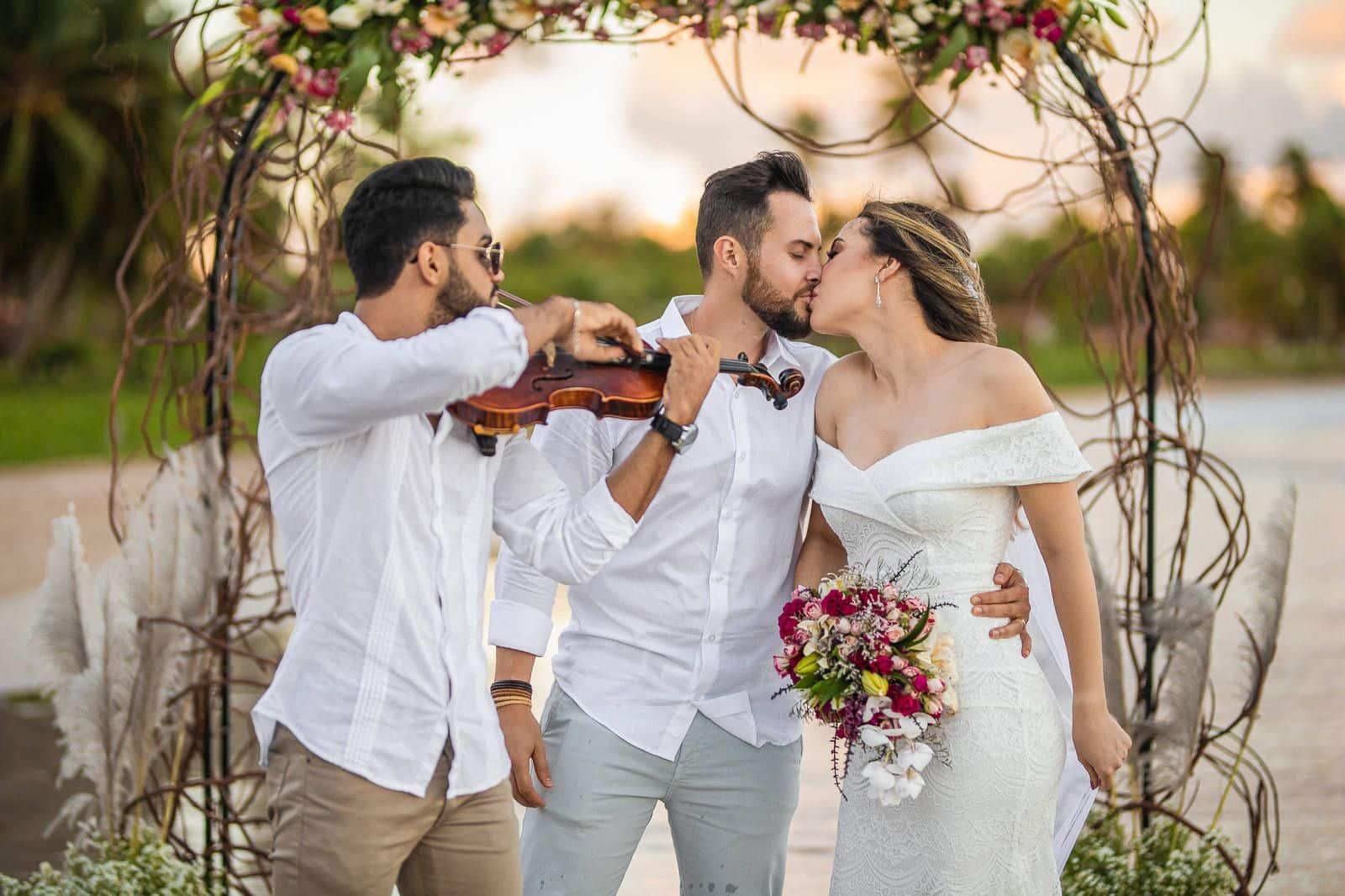 casal casando em são miguel dos milagres
