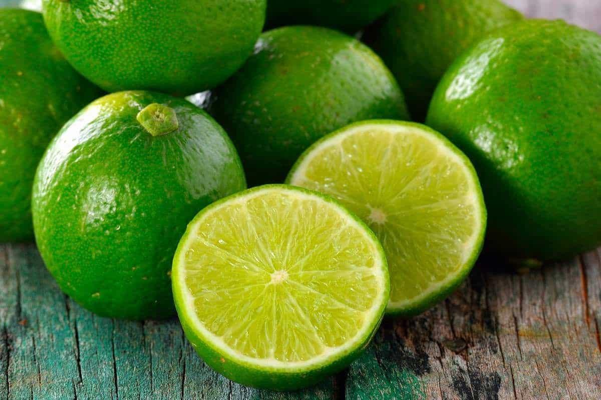 Limão na geladeira