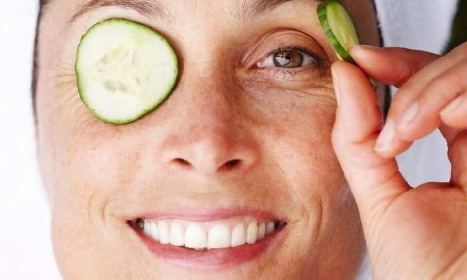 Benefícios do pepino para a pele – 5 receitas caseiras de beleza